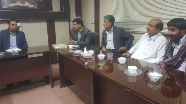 دیدار اعضاء خانه کشاورز منطقه سیستان با فرماندار شهرستان هامون